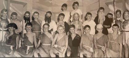 Thone School Cast